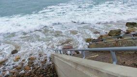 Schritte zum Meer Stockbilder