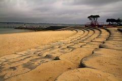 Schritte zum Strand in Okinawa Lizenzfreie Stockfotografie