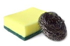 Schrob spons en staalwol Stock Afbeeldingen