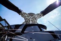 Schroef van klok 407 helikopter royalty-vrije stock foto