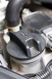 Schroefdeksel van Olie in Motor. royalty-vrije stock foto