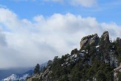 Schroffe Felsen bei Rocky Mountain National Park lizenzfreies stockfoto