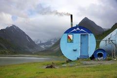 Schronienie w Altai górach, Syberia, Lipiec 2016 Fotografia Stock