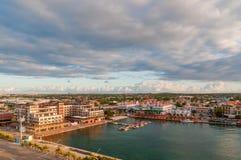 Schronienie w Oranjestad w ranku słońcu, Aruba Obraz Stock