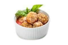 Schüssel Fleischklöschen mit Tomatensauce Stockfotografie
