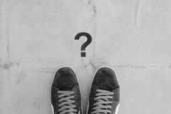 Schuh und alter Boden Lizenzfreies Stockfoto