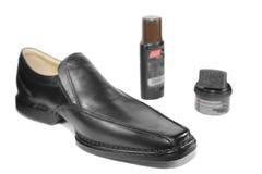 Schuh und Poliermittelsahne Stockbilder