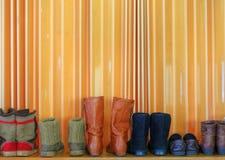 Schuhe in der Linie Stockfotografie