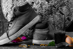 Schuhe mit Art Stockbild