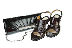 Schuhe und Beutel der Frauen stockbild