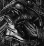 Schuhe und Kleidung Stockbild