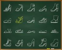 Schuhe weissen Schmutzlinie Ikonenvektorsatz des abgehobenen Betrages stock abbildung