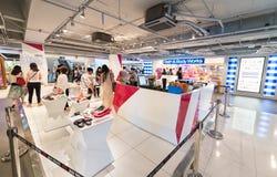 Schuhgeschäft in Siam Center, Bangkok, Thailand Stockfotos