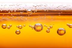 Schuim en bellen van bier. Royalty-vrije Stock Foto