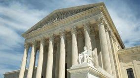 Schuin schot van ons opperst hof in Washington D C royalty-vrije stock afbeeldingen