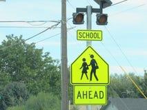 Schulüberfahrt-Zeichen Stockfotografie