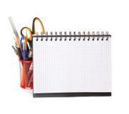 Schulausrüstung mit Bleistiften, Notizbuch Lizenzfreies Stockbild