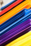 Schulbedarf, Briefpapierzubehör Buntes Briefpapier Lizenzfreie Stockfotos