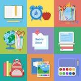 Schulbedarf und Einzelteile eingestellt Zurück zu Schule Stockfoto