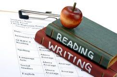 Schule-Bücher und Schulzeugnis Lizenzfreies Stockbild