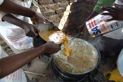 Schule, die in Zimbabwe speist Lizenzfreie Stockfotos