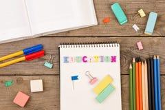 Schule eingestellt mit Aufschrift von Stockbild