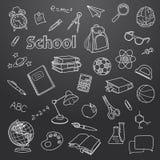 Schulgekritzel auf einem Tafelvektorhintergrund Lizenzfreie Stockfotos