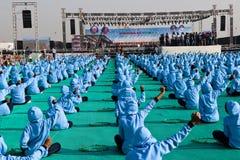 Schulkinder an 29. internationalem Drachenfestival 2018 - Indien Stockfoto