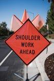 Schulter-Arbeits-voran Zeichen Stockbilder