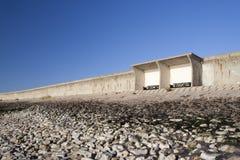 Schutz und Damm auf Canvey Island, Essex, England Stockfoto