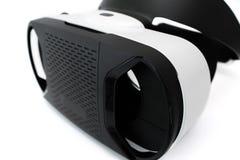 Schutzbrillen der virtuellen Realität, auf Weiß Lizenzfreie Stockfotografie
