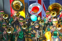 Schwaebisch Gmuend, Allemagne 23 février 2019 : trente-sixième festival de musique international de carnaval photo stock