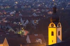 Schwandorf på natten Arkivbild