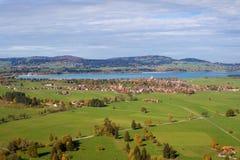 Schwangau et l'Illasbergsee Image libre de droits