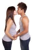 Schwanger ungefähr küssen Stockfoto