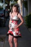 Schwangere Frau, welche die Geburts-Schmerz erfährt Lizenzfreie Stockbilder