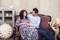 Schwangere Paare Lizenzfreies Stockbild
