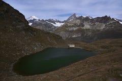 Schwarsee e le alpi svizzere Immagine Stock Libera da Diritti