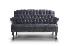 Schwarz-graues luxuriöses Sofa lokalisiert auf weißem Hintergrund Lizenzfreies Stockbild