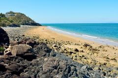 Schwarz-Strand in Mackay, Australien stockfotos