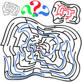 Schwarz um und verformtes Labyrinth Stockbild