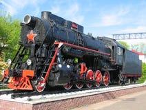 Schwarze Dampflokomotive lizenzfreie stockbilder
