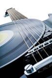 Schwarze elektrische Gitarre Stockfotos