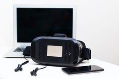 Schwarze Farbe VR-Gläser Stockfotos