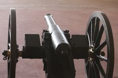 schwarze Farbekanonenansicht helle Artillerie Lizenzfreies Stockfoto