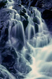 Schwarze Flussfälle lizenzfreies stockbild