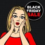 Schwarze Freitag-Verkaufsblase und -Pop-Art erstaunten nettes Mädchen Lizenzfreie Stockfotografie