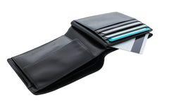 Schwarze Geldbörse mit Kreditkarten auf einem weißen Hintergrund Stockbild