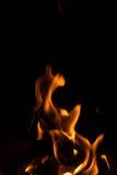 Schwarze Hintergrundflammenform Lizenzfreies Stockfoto