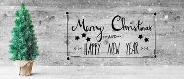 Schwarze Kalligraphie, frohe Weihnachten und guten Rutsch ins Neue Jahr, Baum, Schneeflocken Lizenzfreie Stockfotos